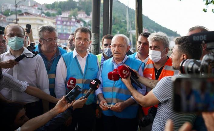 """Selde Ailesini Kaybeden Gençten Kılıçdaroğlu'na """"En Azından Bir Mezarları Olsun"""""""