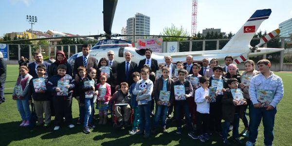 23 Nisan'da 23 Öğrenci Helikopterle İstanbul Turu Yaptı