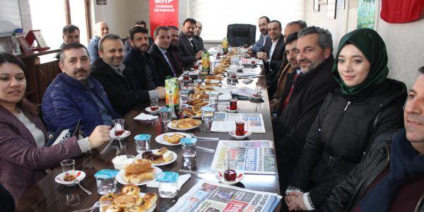 Ak Parti'den 39 MHP İlçe başkanlığına eş zamanlı ziyaret