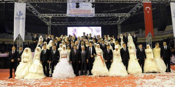 Bağcılarda Bir Yılda 12 Bin 500 Kişi Evlendi