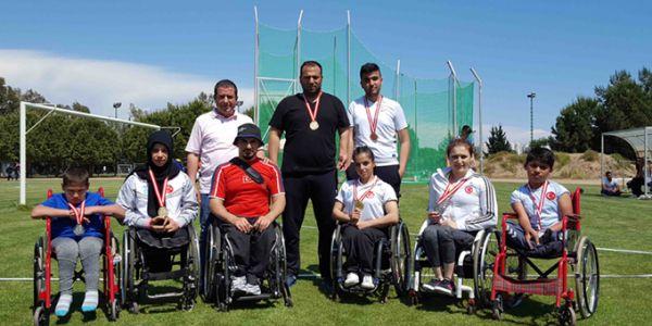 Bağcılarlı Atletler Madalyalarla Döndüler