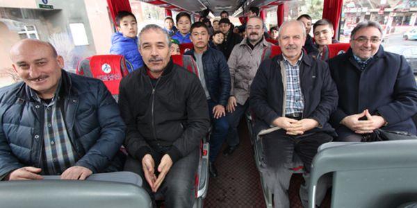 Bağcılarlı öğrenciler Sakarya ve Manisa'daki Kış Kampı için yola çıktı