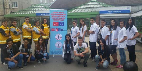 Çapa Anadolu Sağlık Meslek Lisesi Yeterliliklerini Geliştiriyor