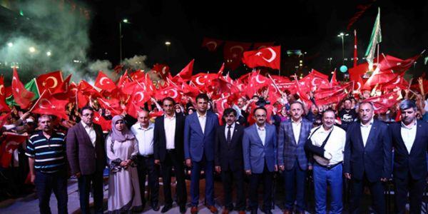 Demokrasi Şehitleri İçin Bağcılar'da Mevlit Okundu.
