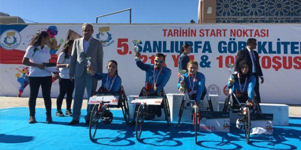 Engelli Atletler  5. Göbektepe Yarı Maratonu'nda Yarıştı
