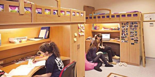 Öğrenciler Barınmak İçin Yer Arıyor
