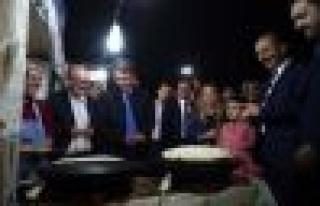 Ak Partili Milletvekili Ve Belediye Başkanları Bağcılar'ın...