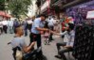 Bağcılar Belediyesi Zabıta Personeli Esnafa Ve...