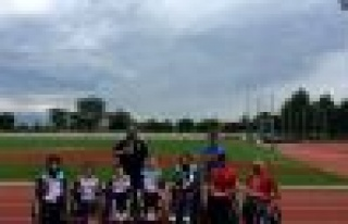 Bağcılarlı Engelli Atletler 15 TEMMUZ Yarıuşına...