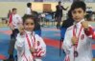 Bağcılarlı milli karateciler 2'si altın 3 madalya...