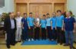 Barbaros lisesi Türkiye dart şampiyonu oldu