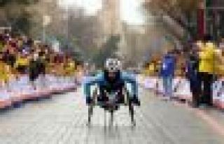 Engelli sporcular İstanbul Maratonu'na hazırlanıyor