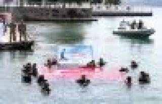 Engelliler 30 Ağustos Zafer Bayramı'nı Su Altında...