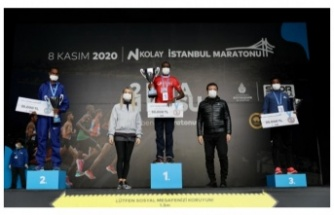 """İmamoğlu: """"Maraton, İstanbul'un Olimpiyat Ruhunun Kıvılcımı"""""""